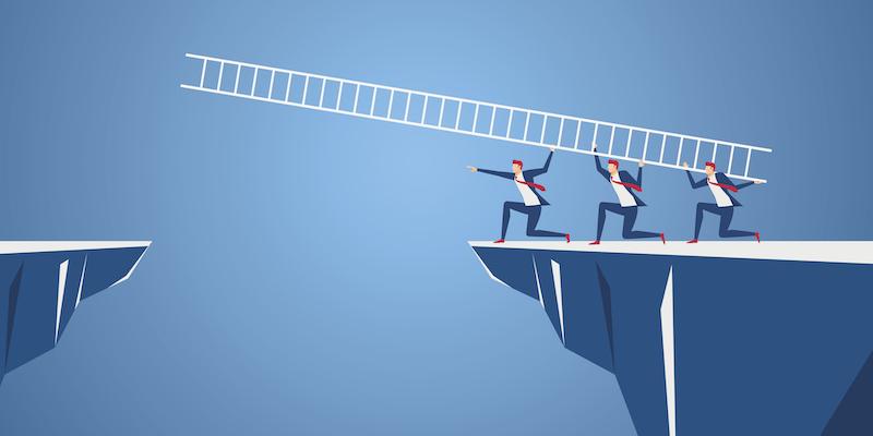 Innovation marketing simulation: crossing the chasm